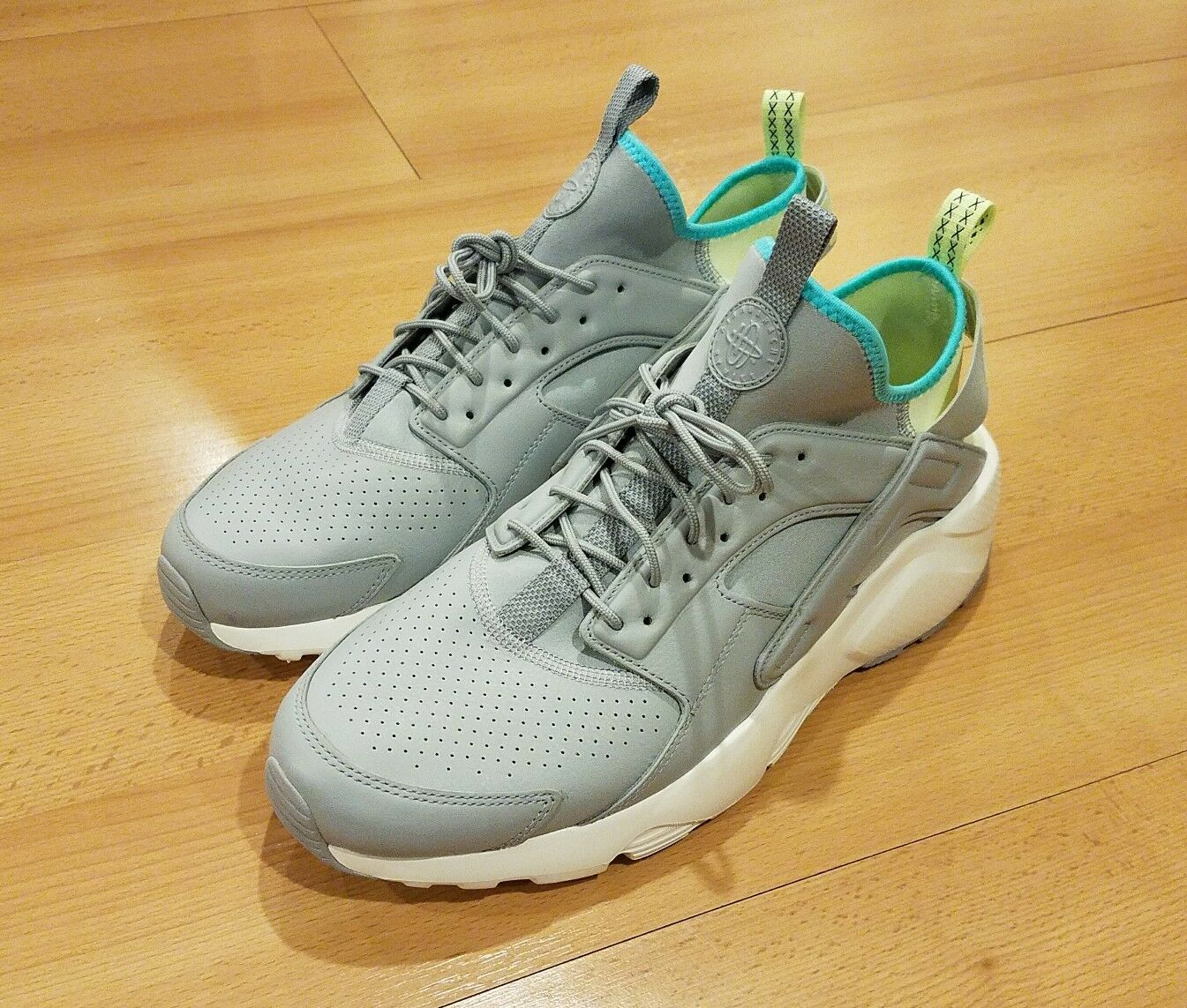 NIKE AIR HUARACHE RUN ULTRA SE RUNNING '17 WOLF GREY GREEN 875841-002 MENS SZ 13
