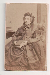 Vintage-CDV-French-Aristocratic-Matron-Mourning-Provost-Photo-Toulouse