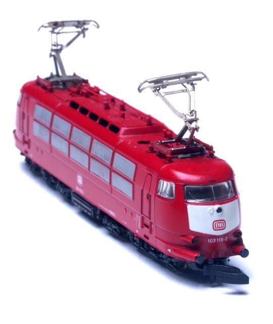 8867 Marklin Z Express Locomotive DB Class 103
