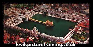 Harmandir-Sahib-Golden-Temple-birds-eye-view-Photo-encadree-en-taille-40-x-20