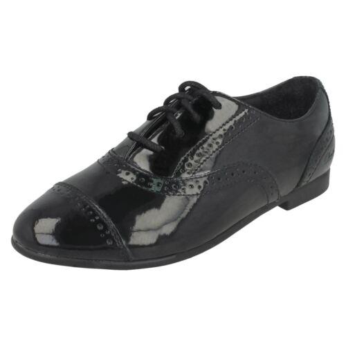 Selsey filles en à noir Clarks pour Chaussures verni cuir Jnr Cool lacets 5wqPZf