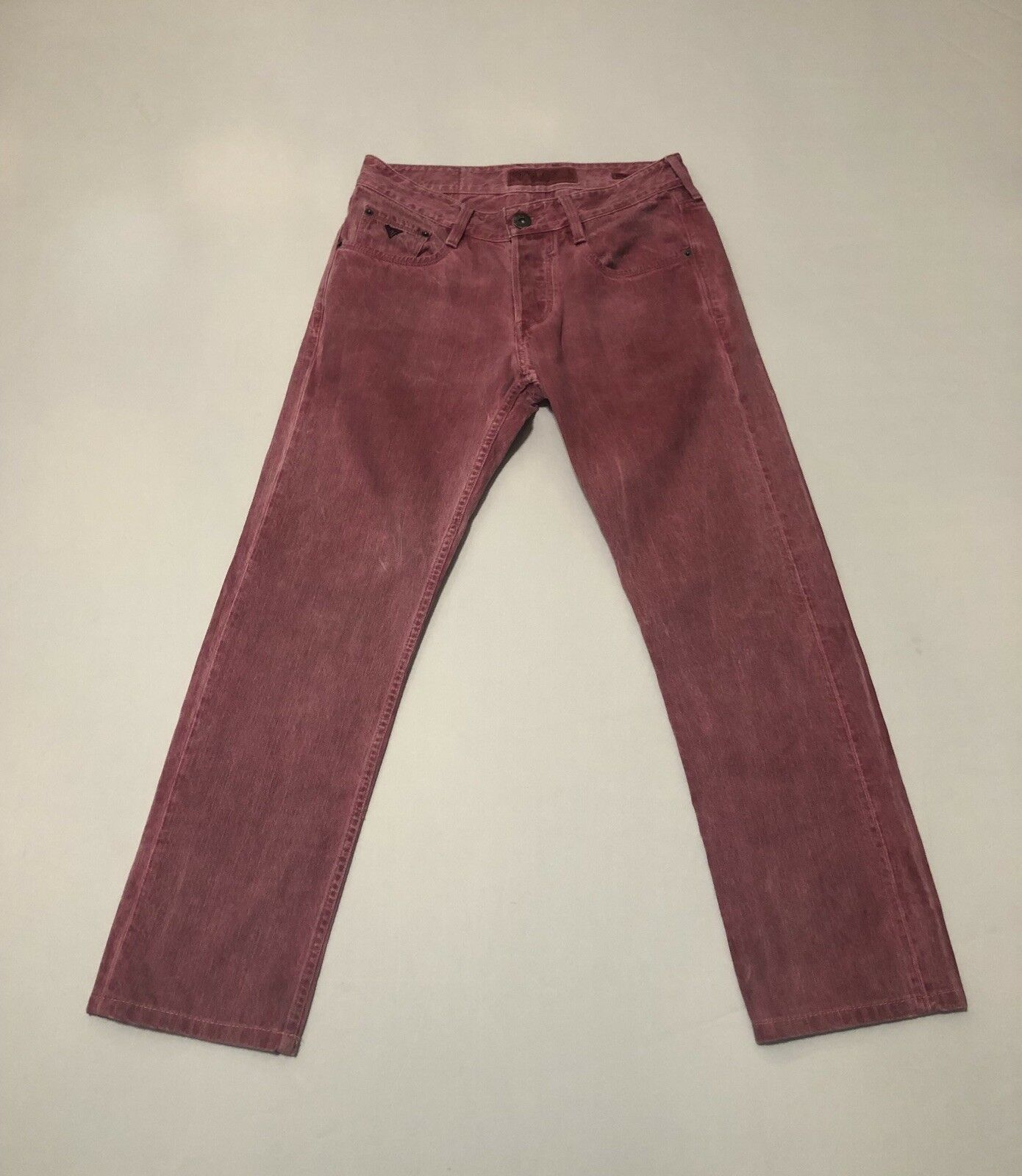 Vintage Guess Vermont Slim Tapered Button Fly women's Dark Pink jeans 30 Euc