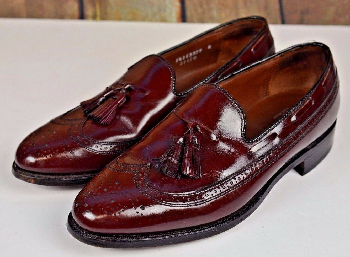 Bostonian XL Men's Tasseled Wing Tip Loafers Size 9 Slip On Burgundy Career Law