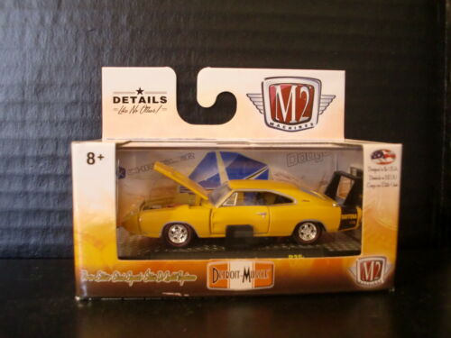 M2 Machines 1969 Dodge Charger Daytona w Factory Recall Wheels 164 Die Cast
