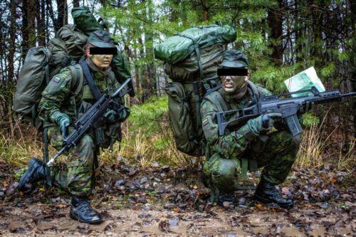 Lituanien militaire repas prêt à manger MRE