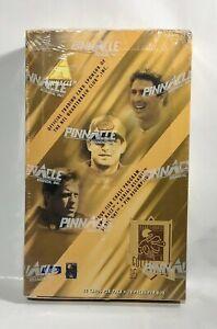 1995-Pinnacle-Quarterback-Club-Football-card-box-Factory-Sealed-24-packs
