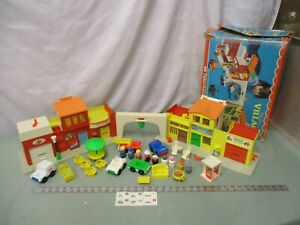 Fisher-Price-Little-People-Town-SET-Play-Family-Village-997-bz-Fire-Mail-box