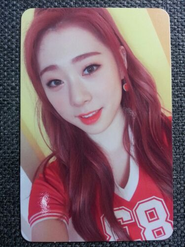 WJSN YEONJUNG Official PHOTOCARD #1 Moment V 4th Happy Moment Album Cosmic Girls