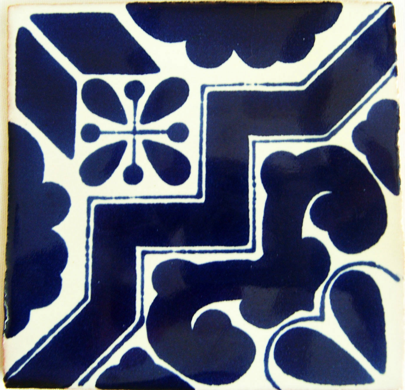 C160- Mexican Handmade Talavera Clay Tile Folk Art 4x4