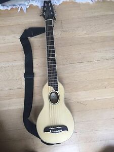 washburn rover ro10 travel guitar with case and strap ebay. Black Bedroom Furniture Sets. Home Design Ideas
