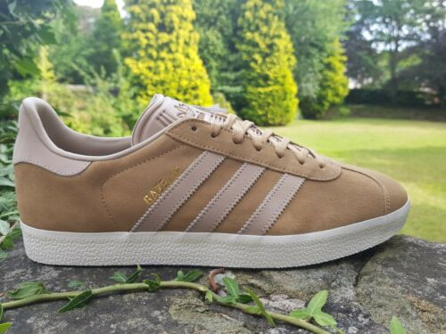 new product 6b847 d38a7 Uk Originals 6 12 Trainers Beige Bnibwt Adidas Mens Fashion Taglie Gazelle  H7nwZ8W