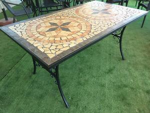 Tavolo Da Giardino Rettangolare Con Mosaico In Ferro Battuto Cm