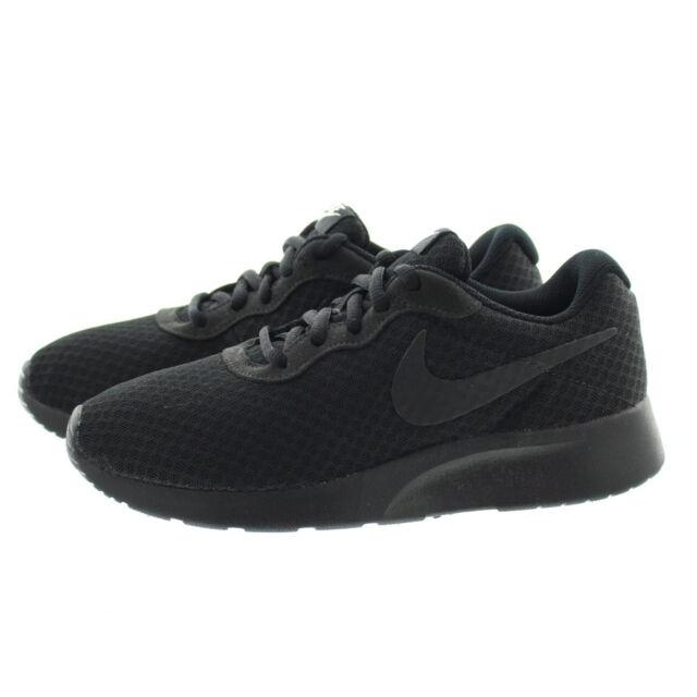 sports shoes ee42a 2f90b Nike Women s Tanjun Black black White Running Shoe US Women 5