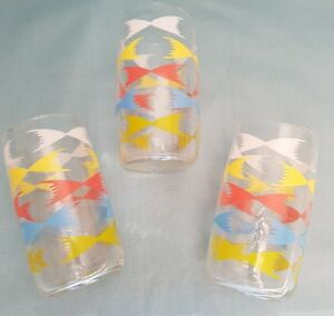 Vintage-Style-Set-of-3-Fine-Glass-Colourful-Bow-Decorated-Tumbler-Glasses-GC