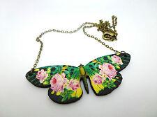 Cosecha De Madera Rosa Rosa Flor Mariposa Collar Colgante Oro Antiguo