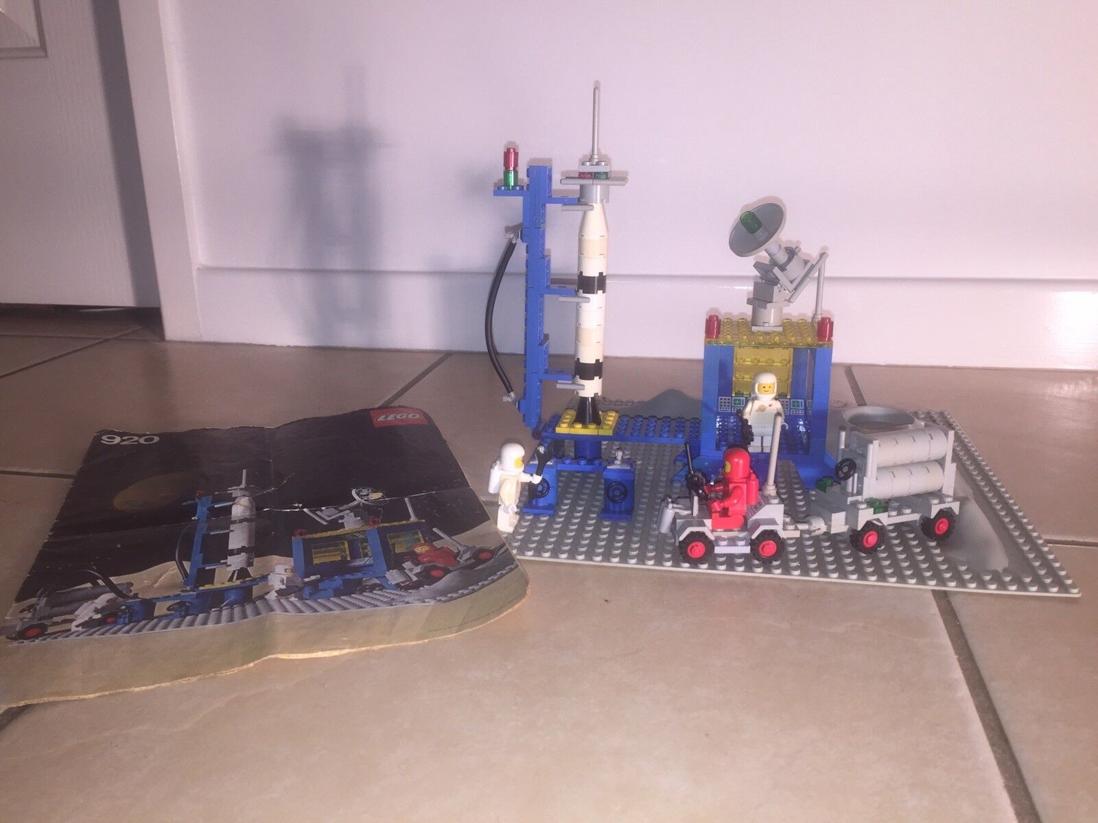 LEGO 920 LAUNCH PAD -  Vintage Classic Space 1979
