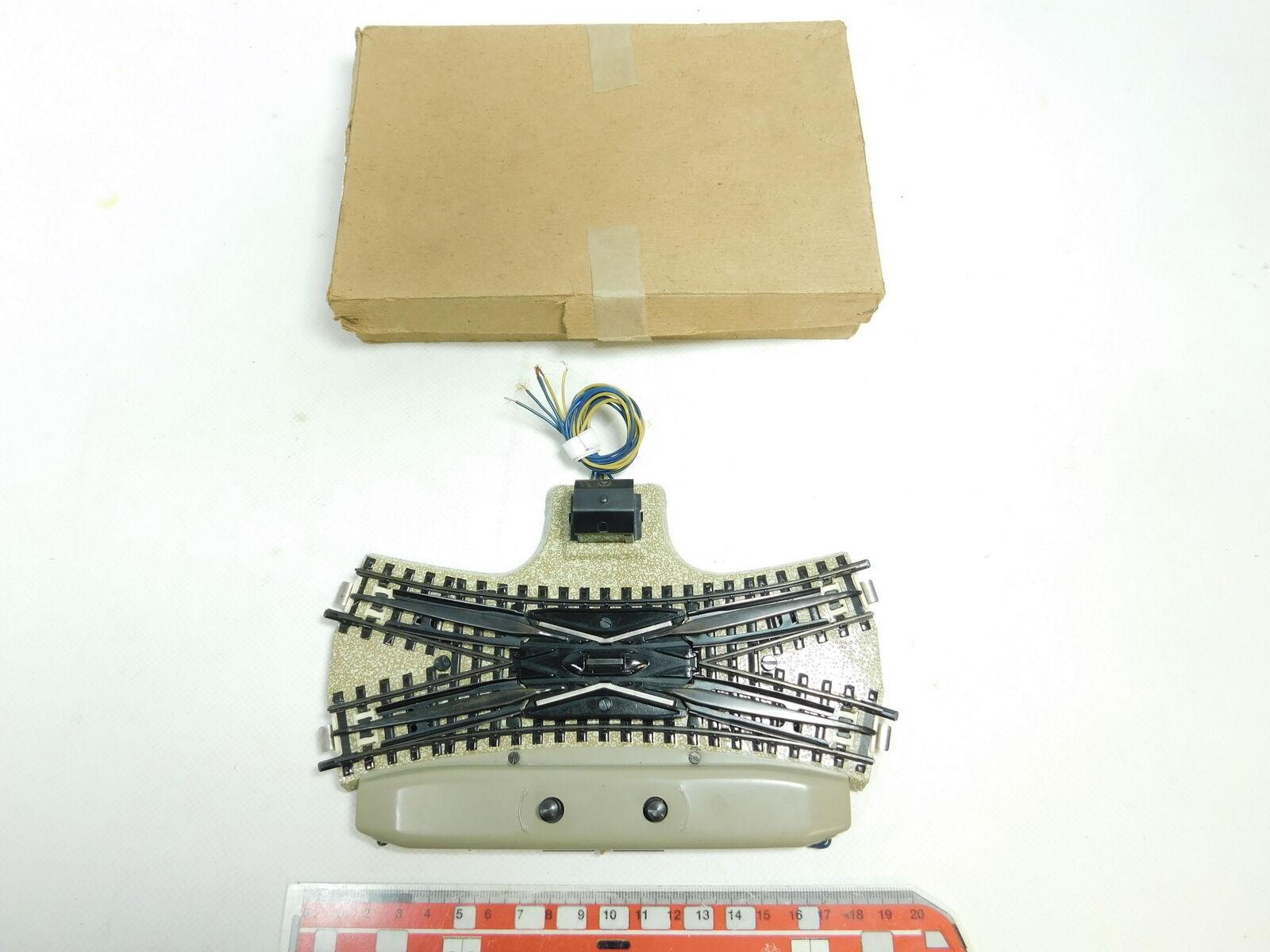 BD676-0,5   marklin H0  00  AC DKW Cambio a Croce M Pista per 3600 800 Nuovo +