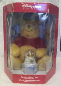 Disney Store Exclusive Special Edition Pooh with Bonus Snow Globe 2002
