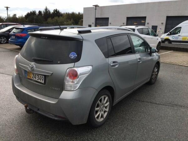 Toyota Sportsvan 2,0 D-4D T2 Touch - billede 3