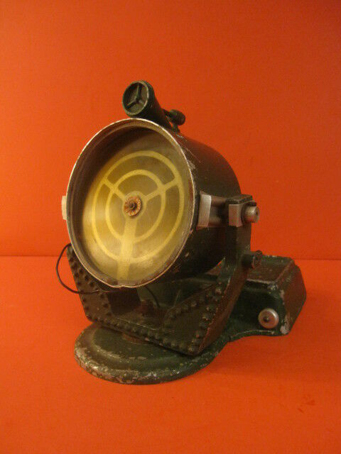ASTRA  Anti Aircraft 1 4 Mile Searchlight Beam Battery Operated England 1940's