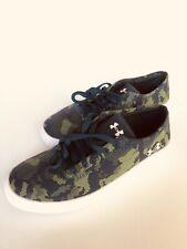 Boys Under Armour UA BPS KickIt2 Low Utility Sneaker Shoes Steel Gray Camo Sz 4Y