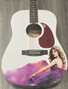 Taylor Swift Signed Taylor Swift Autographed Guitar Beckett Country Pop Star