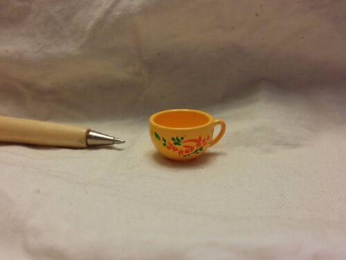 U102 Dollhouse Yellow tea cup painted w// flower Vintage Miniature re-ment 1:12