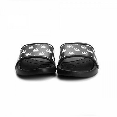 C&S mejor Budz negro y blanco control deslizante Sandalias UK 11 EU46 JS05 86