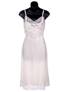 Vintage White Nylon Full Slip   Size 32
