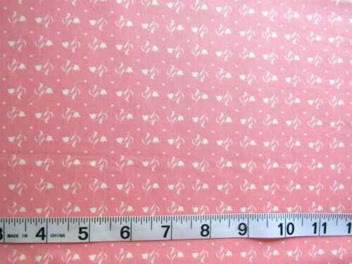 """1 yd of 100/% Cotton Fabric MODA /""""Kindred Spirits/"""" Bunny Hill Designs Pink"""