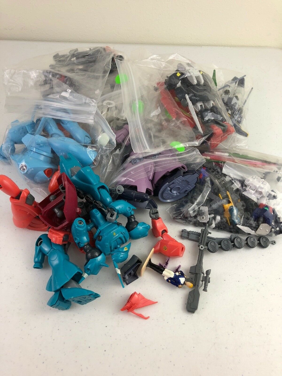 Vtg Gundam Anime Plastic Model Robots Lot