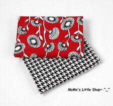 Beautiful Vera Bradley 100% Cotton Fabric(Deco Daisy) —— 2 Matching Fat Quarters