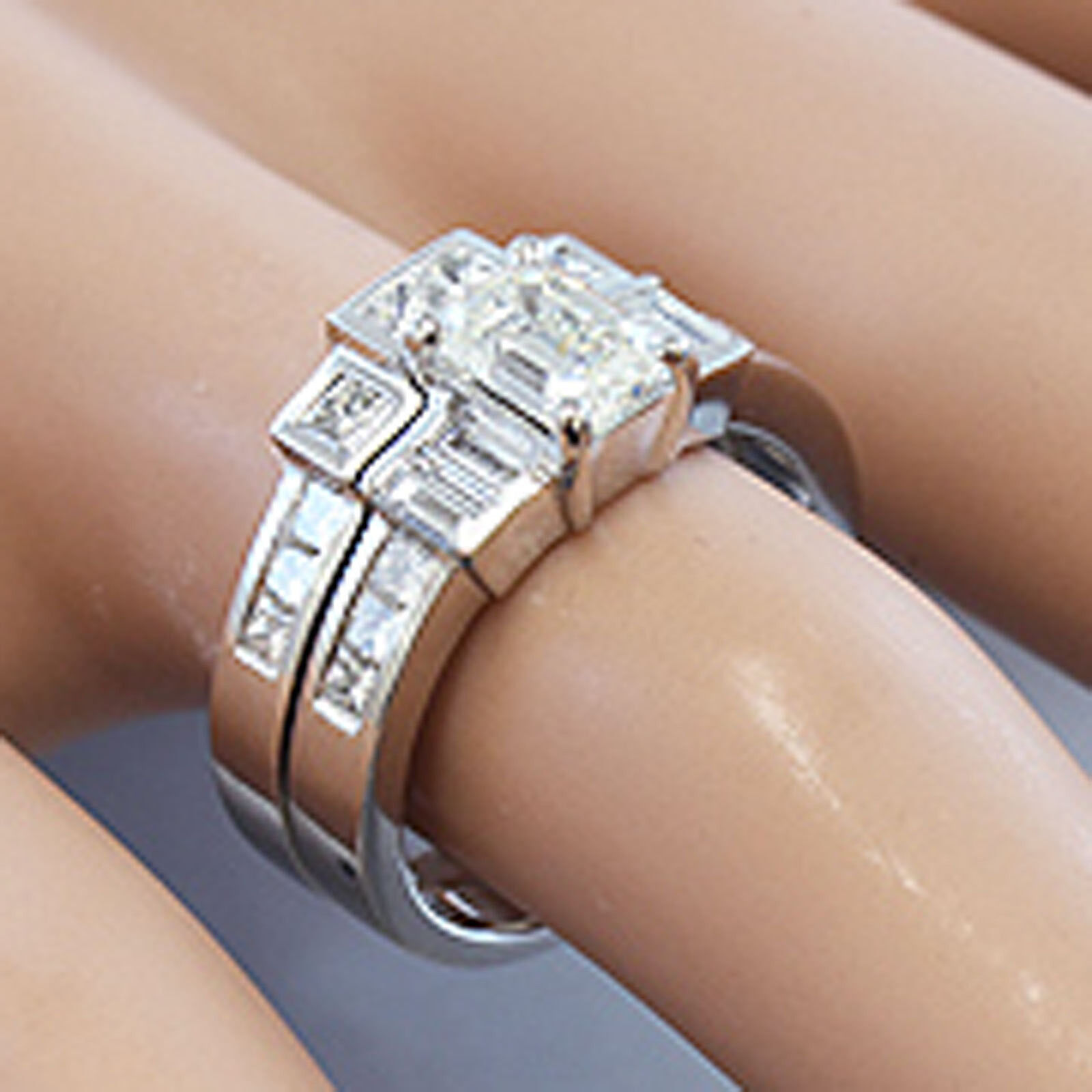 14K SOLID WHITE gold EMERALD CUT DIAMOND ENGAGEMENT RING ART DECO STYLE 2.00CTW