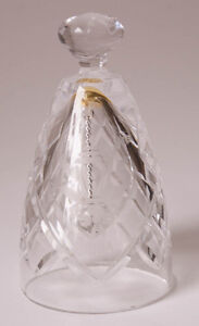 Waterford-Crystal-Dinner-Bell-1984-Etched-with-Christmas-Lantern-Holly-Leaves