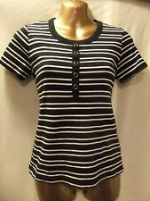 LADIES NwoT B&M  12 BLACK+WHITE STRIPE STRETCH/BUTTONS/SHORT SLEEVE CASUAL TOP