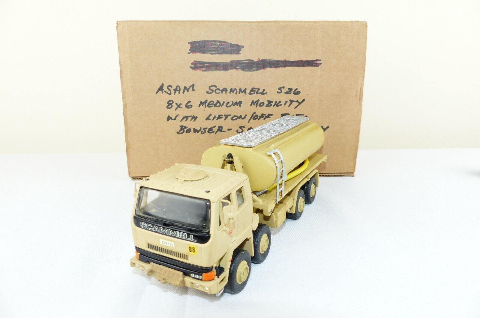 Asam modello della Scammell 8X6 Medio LIFT ON OFF CARBURANTE Bowser VNMB dell'esercito britannico