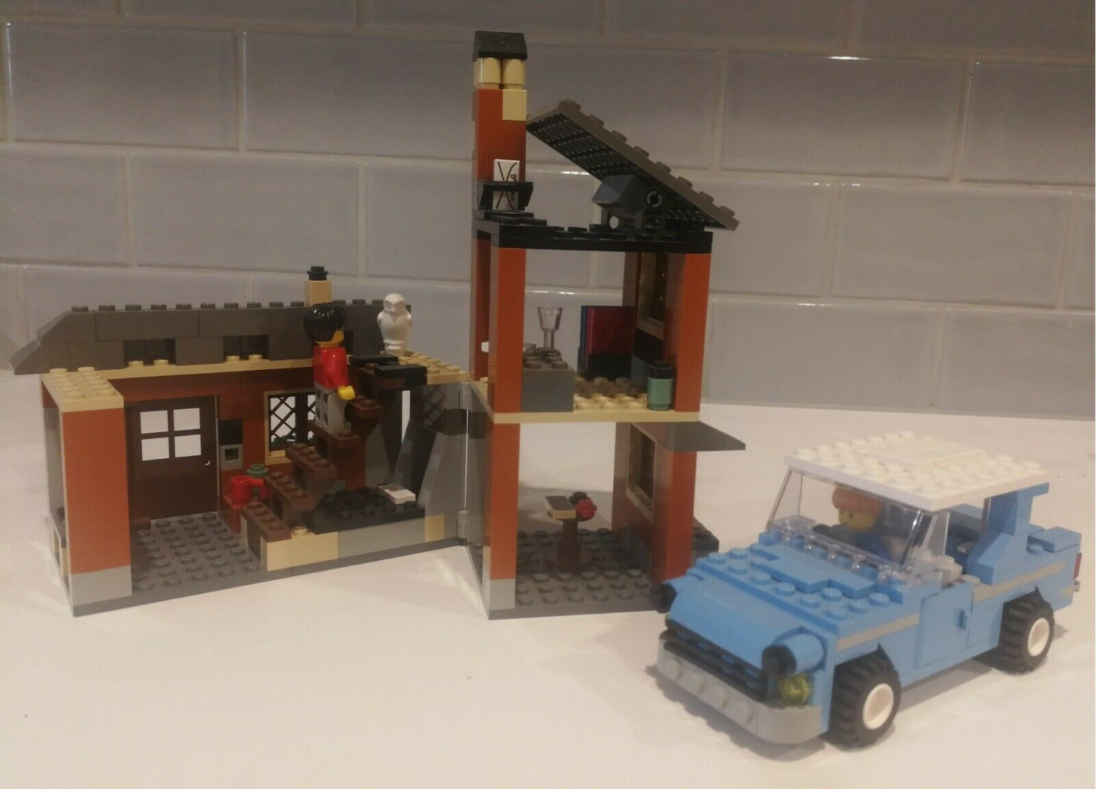Harry Potter Lego Escape from Privet Drive 4728-1