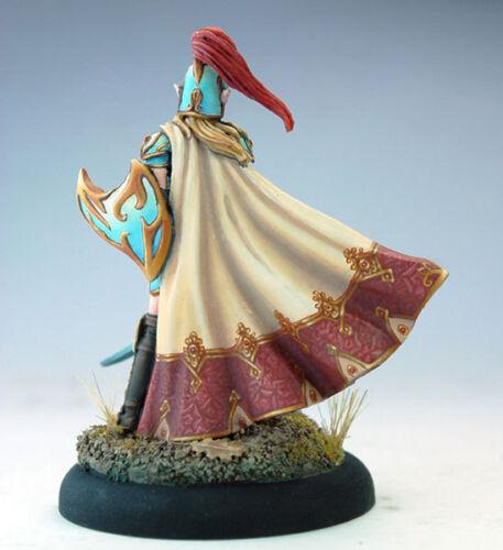 Knight NIB Dark Sword DSM-7414 Female High Elf Warrior with Sword /& Shield VIF