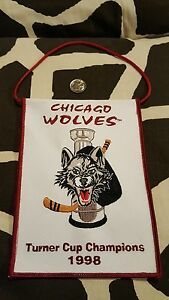VINTAGE CHICAGO WOLVES 1998 TURNER CUP CHAMPIONS MINI BANNER FLAG PENNANT
