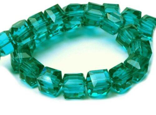 20 Glasperlen 6mm Würfel Zirkon grün Schmuckperlen Tschechische Kristall X272