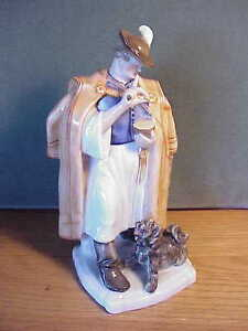 Details about VINTAGE HEREND HUNGARIAN PORCELAIN - MAN WITH CLOAK AND DOG  FIGURINE SIGNED