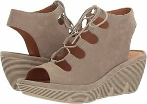 72f27cfb90e Image is loading Clarks-Clarene-Grace-Womens-Wedge-Sandals-7-5-
