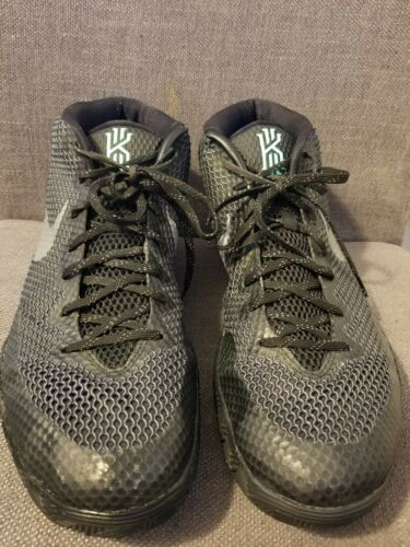 Glow 14 Schwarz Nike Kyrie Schuhe Größe 705277 Einfahrt Basketball Green 001 1 qxSwaIg