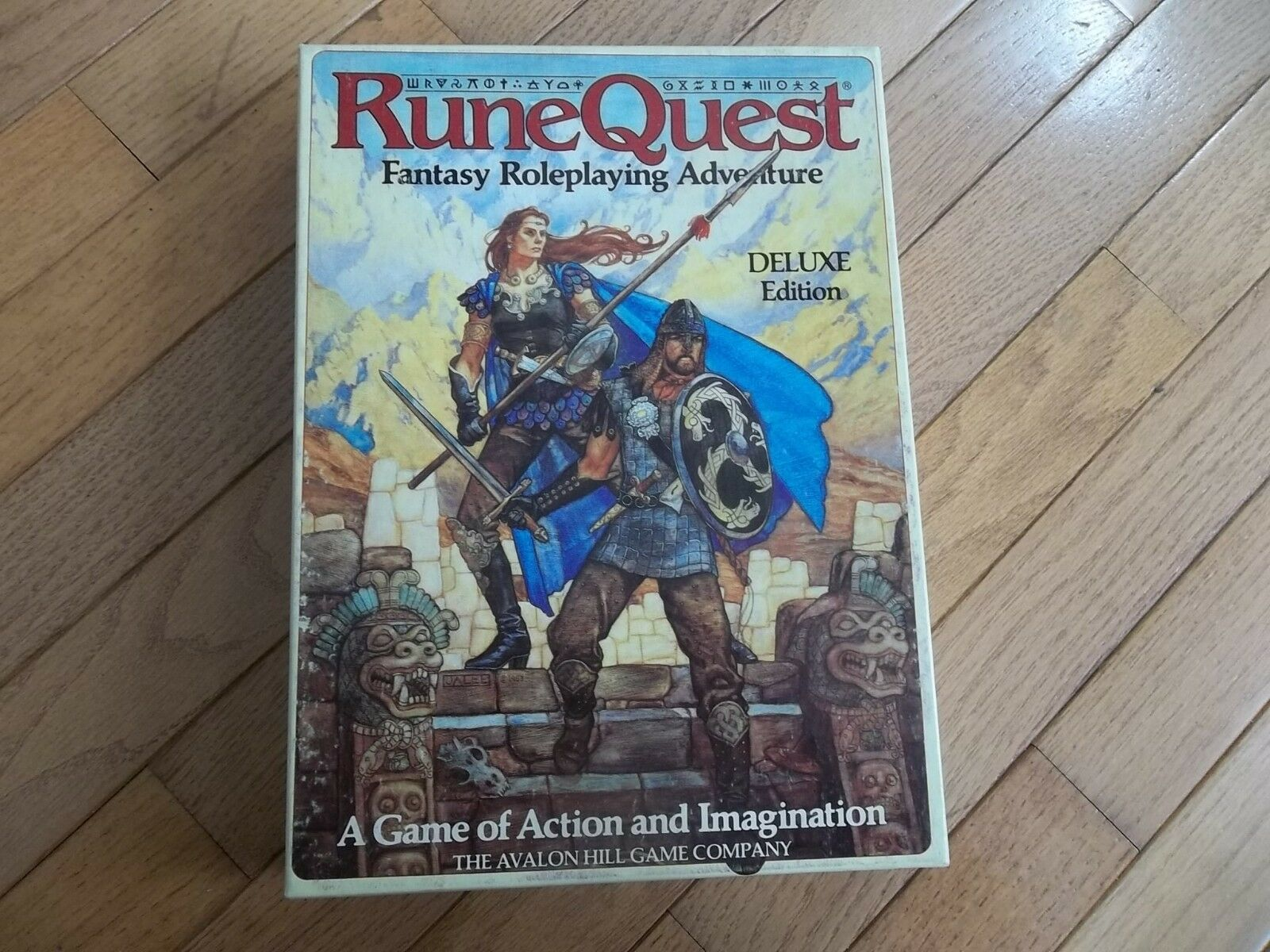 Avalon Hill juego RuneQuest 3rd Deluxe Edition Box Set