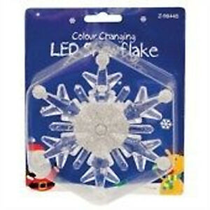 WINDOW-SUCTION-DECORATION-COLOUR-CHANGING-CHRISTMAS-L-E-D-SNOWFLAKE-LIGHT-FLASH
