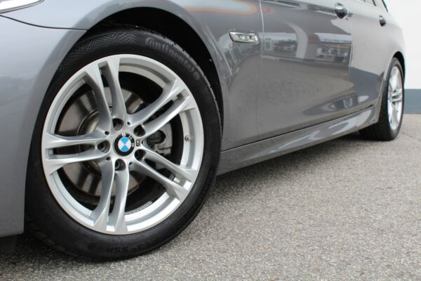 BMW 520d 2,0 Touring M-Sport aut. - billede 3
