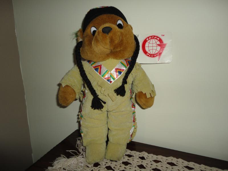 Goffa Plush Jahr NATIVE AMERICAN BEAR w CMassehing