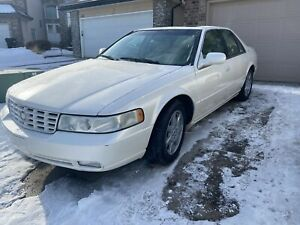 2002 Cadillac Seville STS! Great shape !
