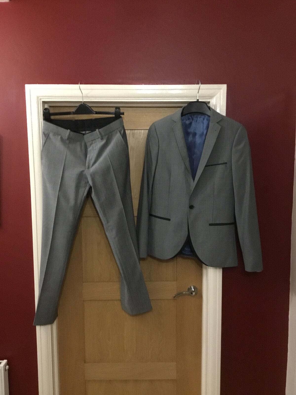 Men's Grey 2-Piece Topman Suit