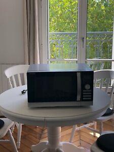 Micro-ondes combiné four à chaleur tournante, grill SHARP R-843INW